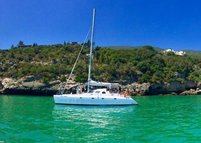Activité bateau à Troia. Serra Da Arrabida